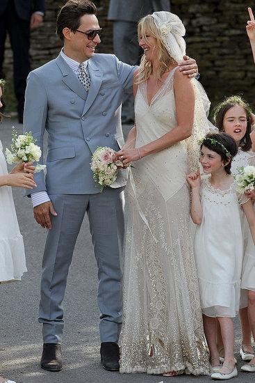 da-Kate-Moss-sposa-fashionfunhouseemporium.com_